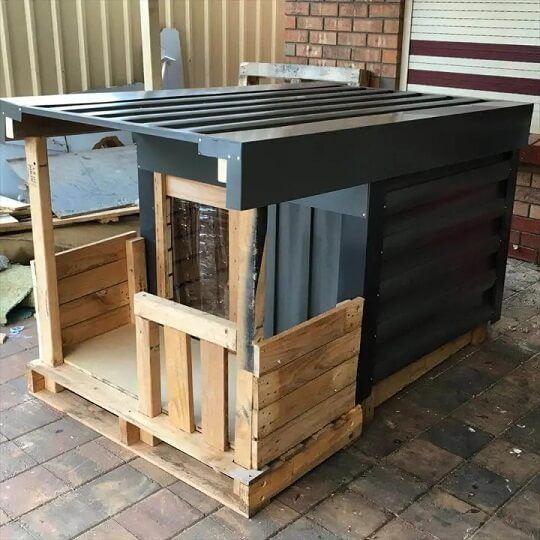 Pallet Dog House With a Veranda Step By Step